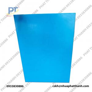 Thớt nhựa màu ( xanh dương 2 mặt) dày 3 cm khổ nhỏ – PTTGD6