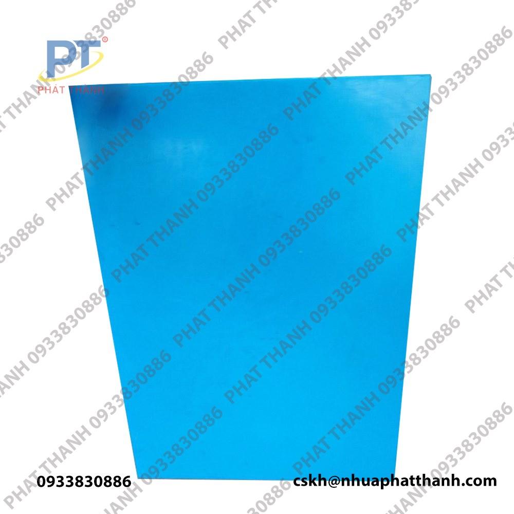 Thớt nhựa pp, thớt nhựa thực phẩm ( màu xanh nước biển 2 mặt) dày 3 cm khổ trung – PTTGD5