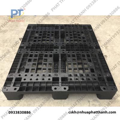 Pallet nhựa PL10LK màu đen có lõi thép