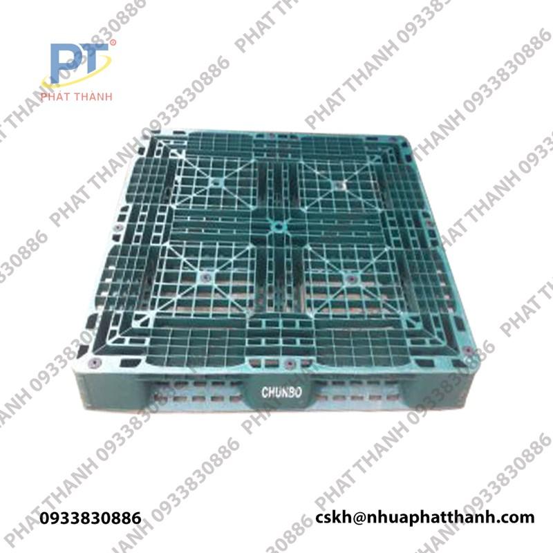 Pallet nhựa liền khối 1 mặt ( KT: 1100x1100x150mm ) màu xanh đậm