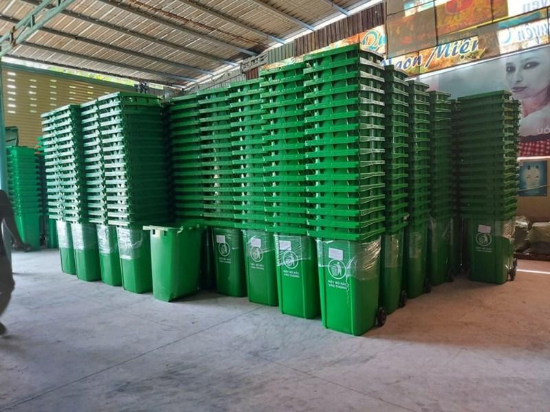 Tổng kho thùng rác nhựa công nghiệp 240 lít giá rẻ nhất hiện nay
