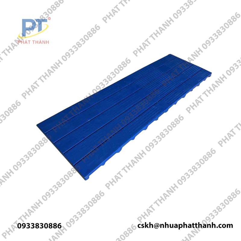Pallet nhựa lót sàn 1800x600x50 mm màu xanh dương