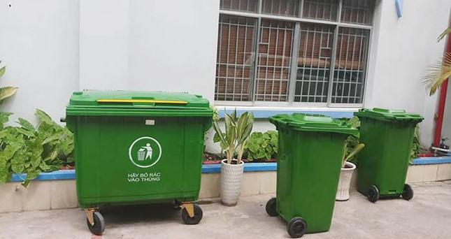 Thùng rác nhựa 240 lít sử dụng trong khu dân cư