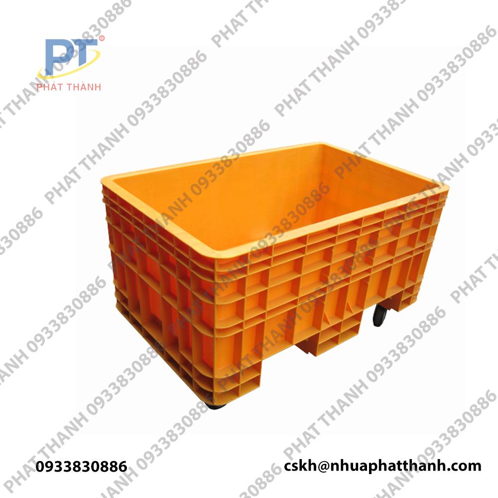 Thùng nhựa đặc PTB 600C