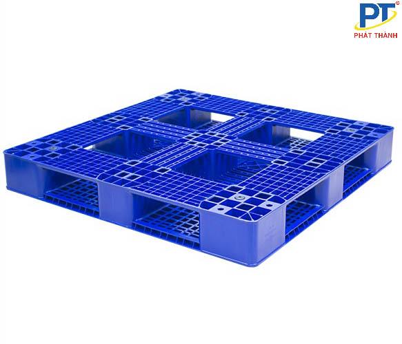 Pallet nhựa 1200x1200x150mm màu xanh dương